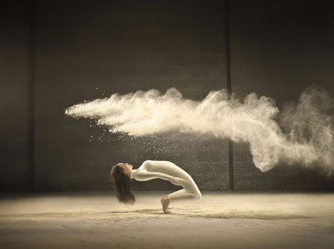 dance-performance-powdered-milk-campaign-jeffrey-vanhoutte-2