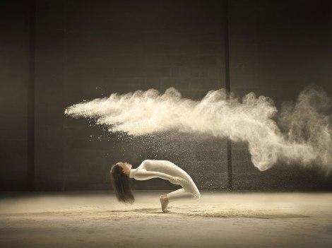 dance-performance-powdered-milk-campaign-jeffrey-vanhoutte-2