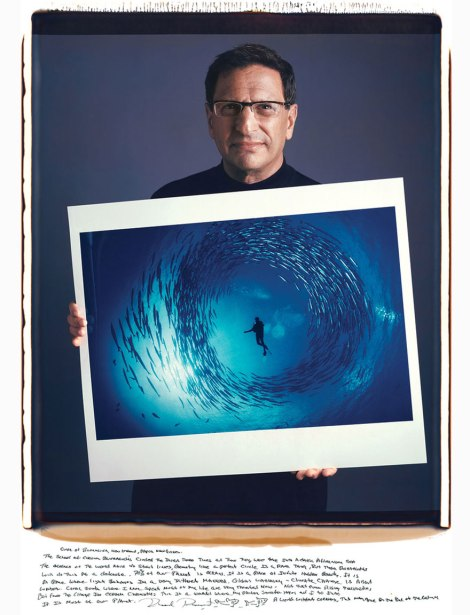 famous-photographer-portraits-behind-photographs-tim-mantoani-2